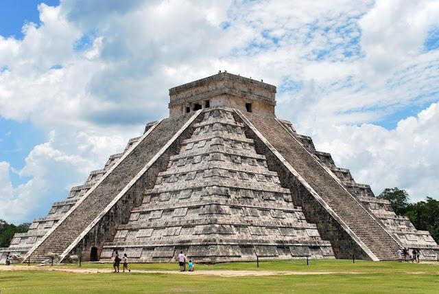 Chichen Itzá-Dzitas