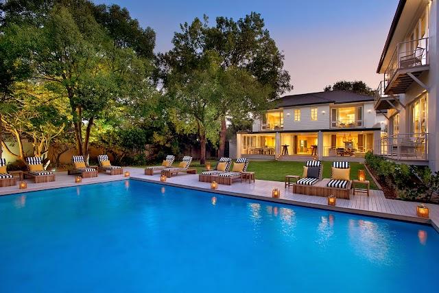 Luxury Hotels in Johannesburg : AtholPlace Hotel & Villa
