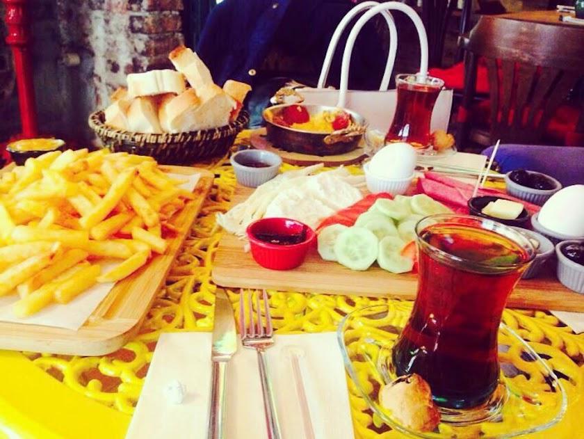Cadıköy Cafe Resim 4