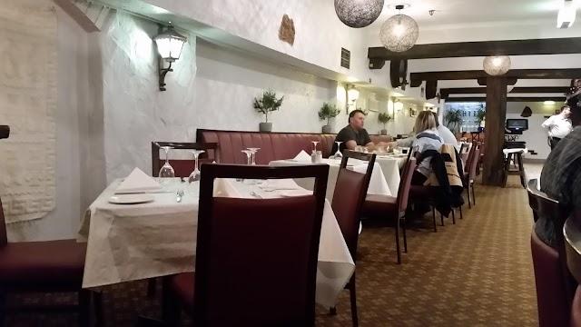 Diethnes Greek Restaurant