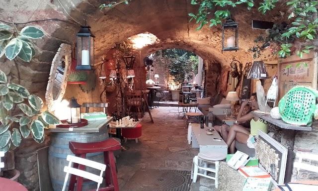 Café De La Cueva