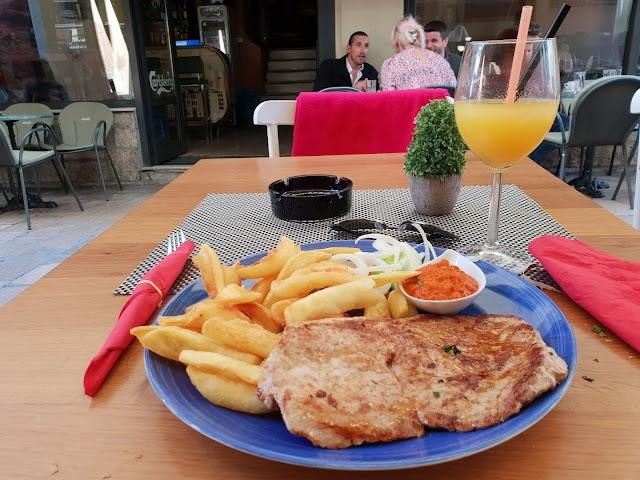 Caffe & Bar Bizarre, Zadar