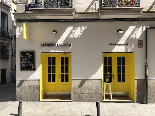 La Puerta Amarilla