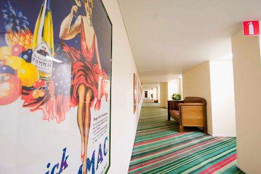 Ariston Hotell