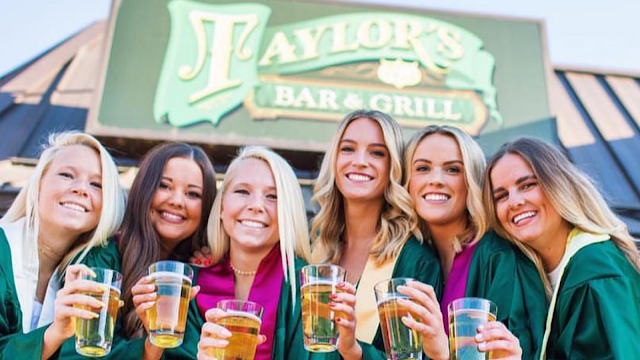 Taylor's Bar & Grille