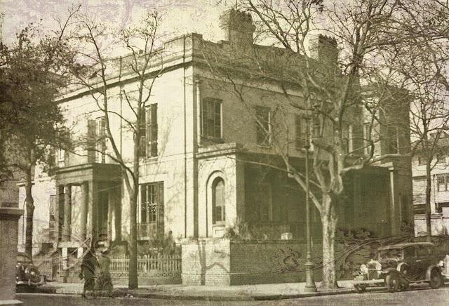 Sorrel Weed House - Haunted Ghost Tours in Savannah