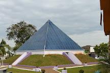 Piramide Esoterica, Ametista do Sul, Brazil
