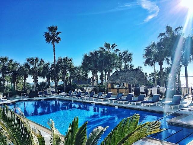 Harborside at Charleston Harbor Resort & Marina
