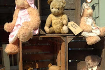 Alice's Bear Shop and Teddy Bear Hospital, Lyme Regis, United Kingdom