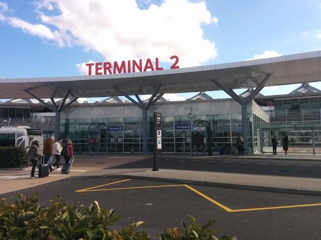 Terminal 2 Airport Lyon Saint Exupery