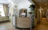 Семейная Стоматология, Клиника, улица Серова, дом 13 на фото Омска
