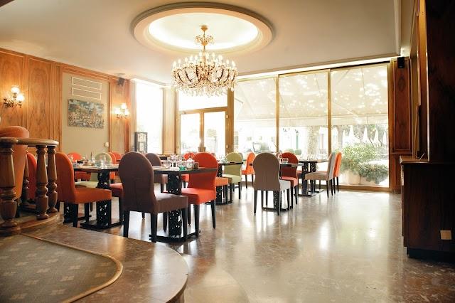 Albert Cafe