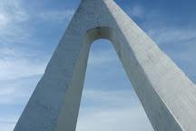 Monument Nungesser  et Coli, Etretat, France