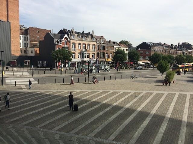 LIEGE Gare des Guillemins Quai B