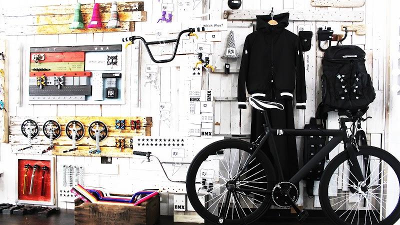 ライダーズカフェ 大須店 自転車 ピストバイク/BMX/クロスバイク/ロードバイク/カスタム可[名古屋・名駅・栄・大須・金山エリア]