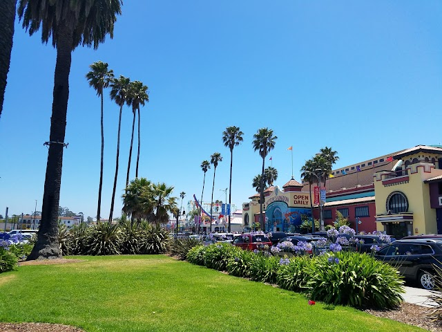 Santa Cruz Beach Boardwalk Public Parking