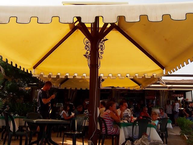 La torre bar restaurant