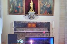 Onze-Lieve-Vrouwekerk en de Gravenkapel, Kortrijk, Belgium