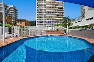 Rainbow Commodore Holiday Apartments