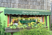Cloud and Leaf Bookstore, Manzanita, United States