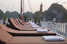 Halong Dragon Cruise, Hanoi, Vietnam