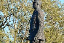 La Statue du General de Gaulle, Paris, France