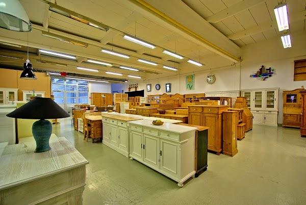 Massive Landhausmöbel BW e.K. (Ausstellung), +49 2234 2024001, Max ...