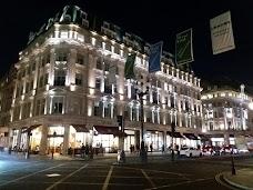 Hamleys london