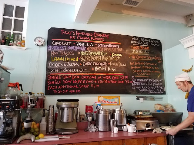 Pop's Ice Cream & Soda Bar