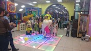 "детский клуб ""Амиленд"", улица Коркмасова на фото Махачкалы"