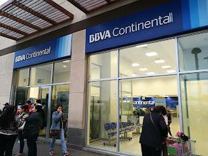 BBVA Mall Aventura Plaza Callao 6