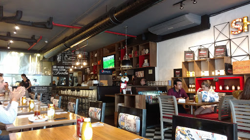 Solomon's Montreal Deli & Restaurant