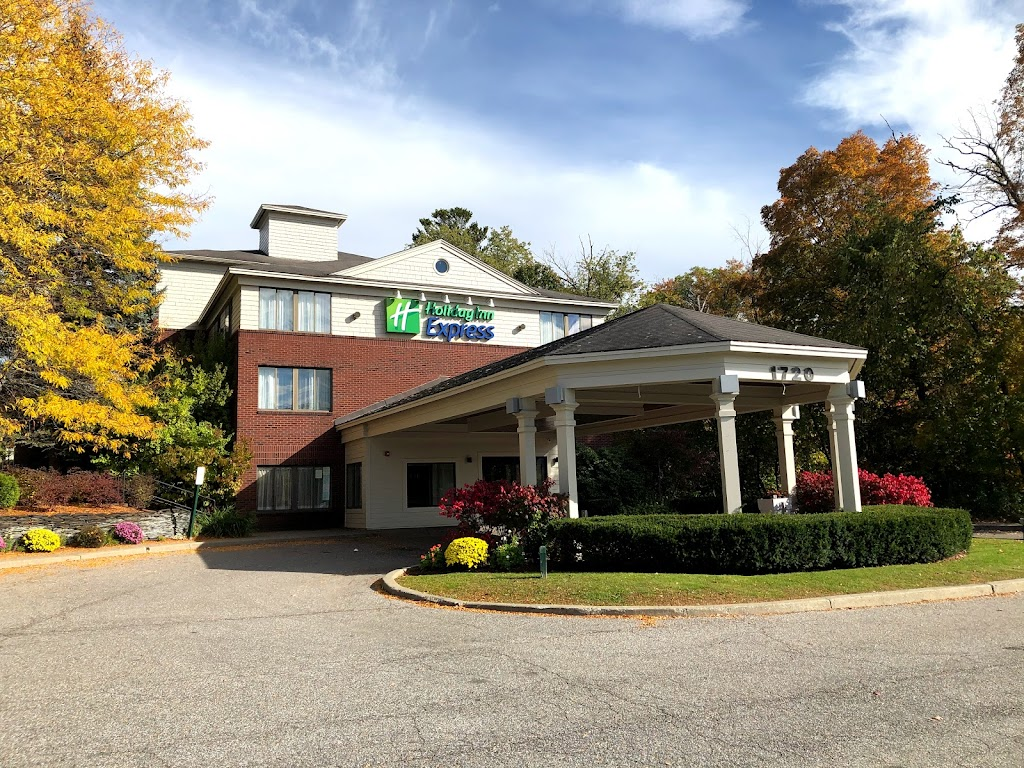 Holiday Inn Express Burlington Airport