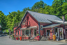 Remarkable Things at Stowe Craft, Stowe, United States