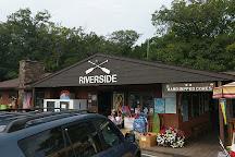 Riverside Canoe Trips, Honor, United States