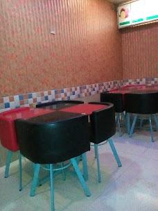 Azeem Ice Bar & Burger chiniot