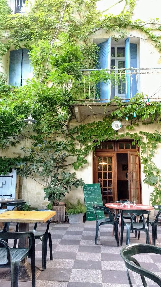 Restaurant La Tour Cassee