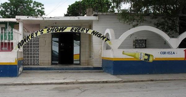 Secrets Men's Club, Circunvalación Casanova 123, Zona de Tolerancia, 88195 Nuevo  Laredo, Tamps., Mexiko