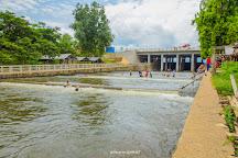 Kamping Puoy Reservoir, Battambang, Cambodia