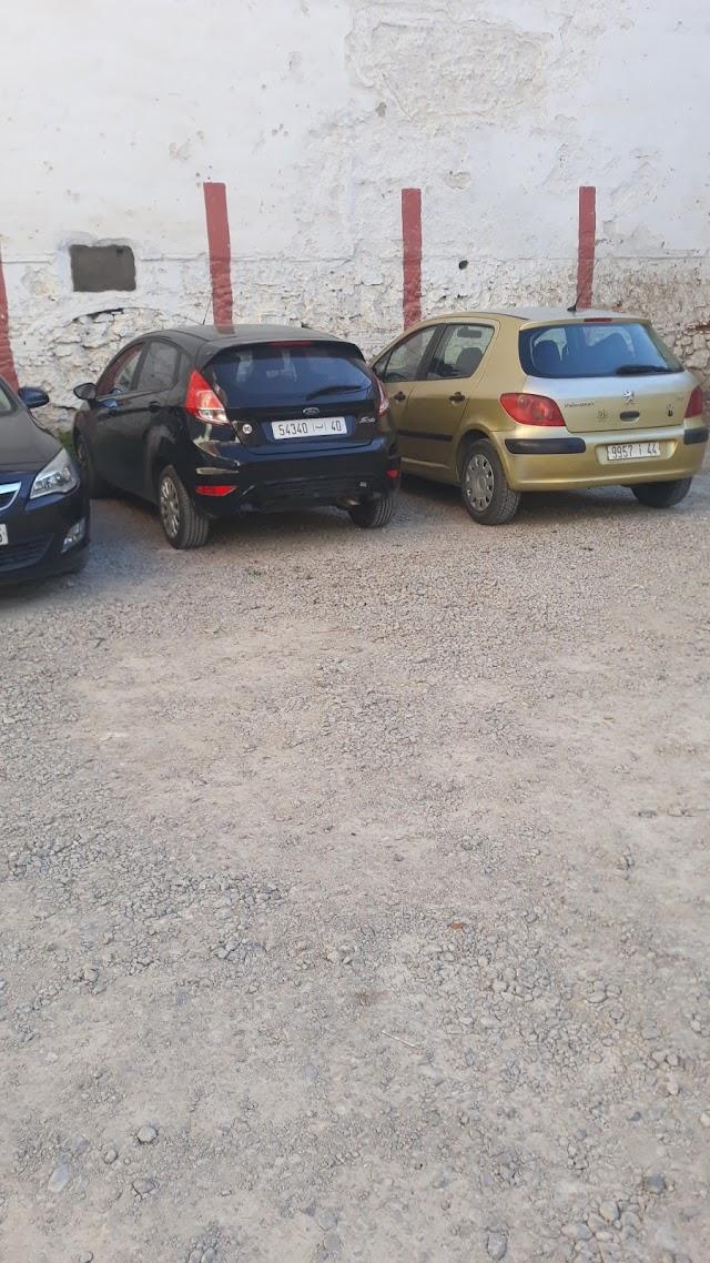 Parking tetouan