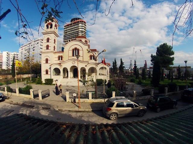 Katedralja 'Ngjallja e Krishtit'