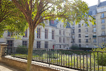 Bibliotheque Forney, Paris, France