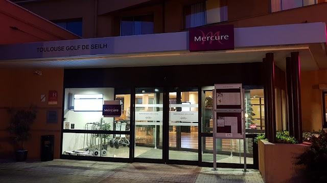 Mercure Toulouse Aeroport Golf de Seilh Hotel