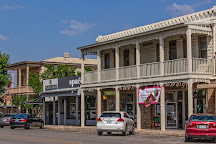 Wolfmuellers Bookstore, Kerrville, United States