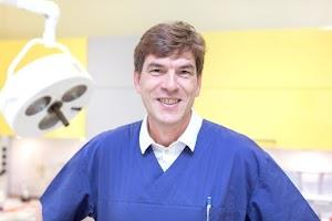 Tierarzt Dr. med. vet. Jörg Waschbüsch