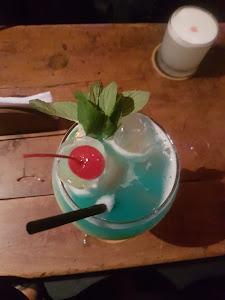 Pizarro lounge bar 0