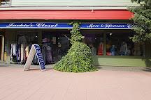 Jackie's Closet, Harrison Hot Springs, Canada