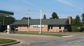 Frankenmuth Credit Union Saginaw Town and Country Branch Payday Loans Picture