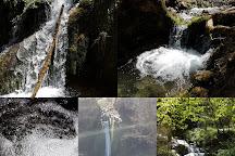 Une cascade de la Turasse., Roquefort-les-Cascades, France