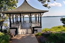Noerenberg Memorial Gardens, Wayzata, United States